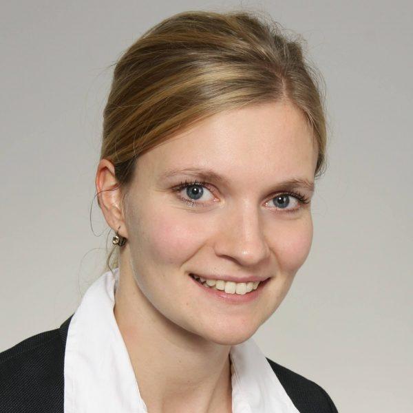 Dr. Isabelle Geffken